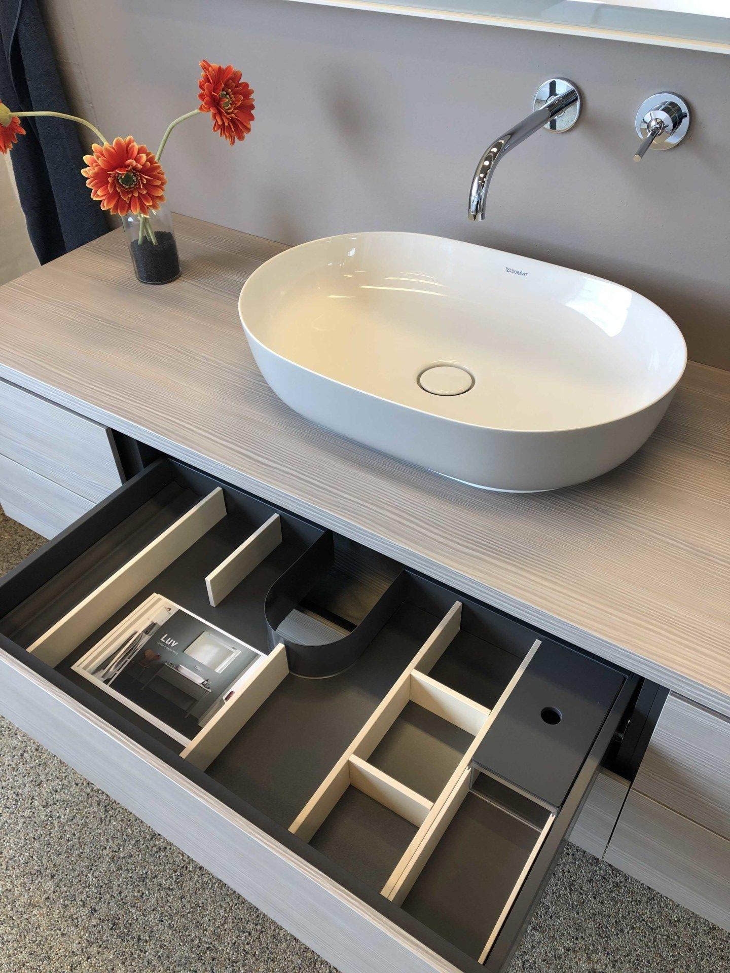 Vangvedvængets VVS Håndvask udstilling showroom badeværelse